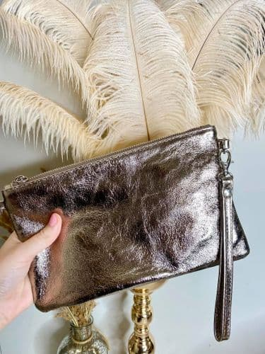 CASSIE LEATHER CLUTCH PEWTER