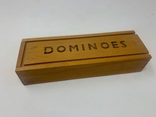1950's Dominos set in wooden box (complete)