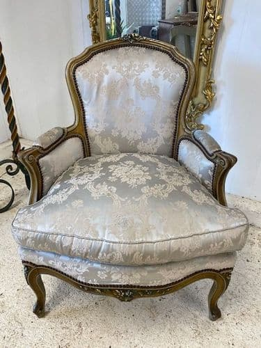 Pretty Vintage French Marquis Armchair - ba63
