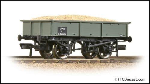 Bachmann 37-354D BR 13T Steel Sand Tippler BR Grey (Early) - Includes Load, OO Gauge