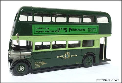 CODE 3 / 4 Solido AEC Regent RT - Leeds City Transport - 1/50 Scale - Louaine Motorbus *PRE OWNED*