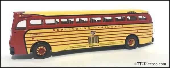 CORGI 98465  Yellow Coach 743 - Burlington Trailways 1/50 Scale * PRE OWNED *