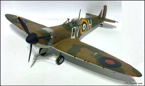 CORGI US33906 Spitfire MK1A - Flt Sgt George Grumpy Unwin 19 Squadron 1:32 * PRE OWNED *
