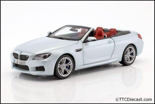 Dealer model BMW 2253656 - BMW CABRIO M6 F12 silverstone -  1:18 Scale