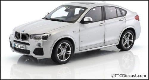 Dealer model BMW 2352457 - BMW X4 F26 Glacier Silver -  1:18 Scale