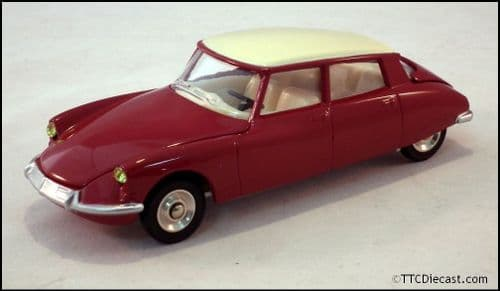 Dinky 530 Citroen DS19 Red Reproduced by Atlas Editions