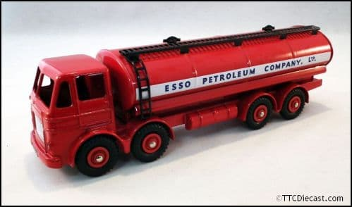 Dinky 943 Leyland Octopus Tanker - Esso Reproduced by Atlas Editions