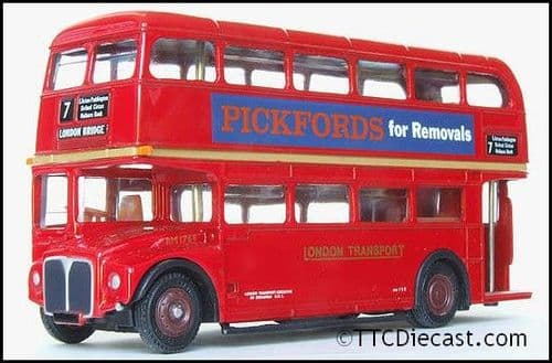 EFE 15608A AEC Routemaster ' London Transport ' - Route 7 London Bridge - Pickfords RM1768