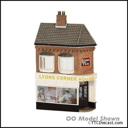 Farish 42-243 Low Relief Lyons Corner House
