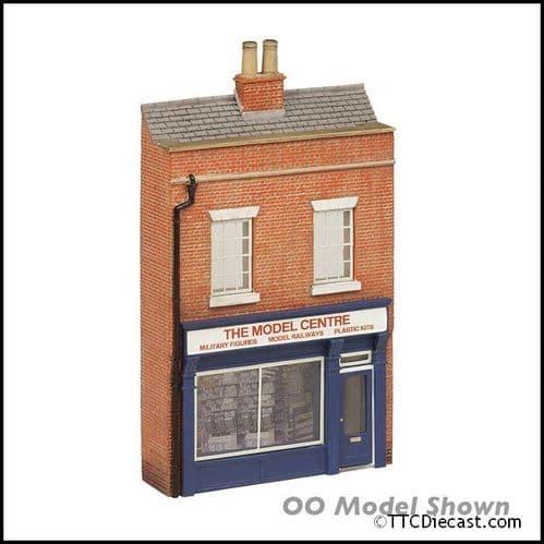 Farish 42-275 Low Relief Model Shop