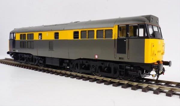 HELJAN 3123 Class 31 BR Civil Engineers grey/Yellow, O Gauge