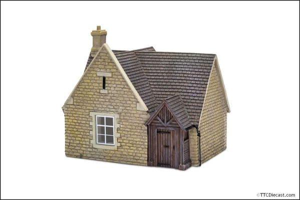 HORNBY R7265 Alms Houses, Resin OO Gauge Building