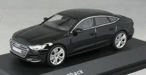 iScale 5011707032 - 1:43 Scale Audi A7 Sportback Mythos Black - Audi Dealer Packaging
