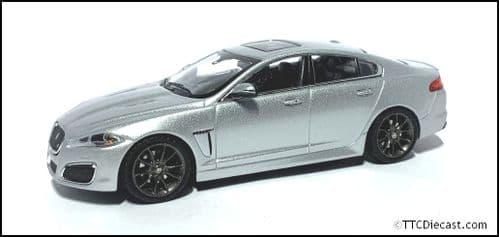 IXO JDCAXFRS - 1:43 Scale Jaguar XFR - Rhodium Silver