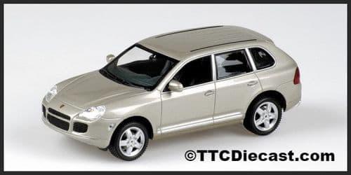 MINICHAMPS 400 061081 - Porsche Cayenne Turbo 2002 - Met Beige