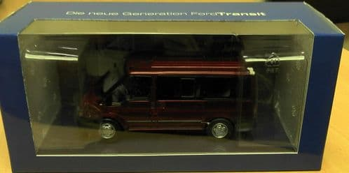 MINICHAMPS 403 081213 -  1:43 SCALE FORD TRANSIT MK6 TORNEO KOMBI 2000 RED - DEALER PACKAGE