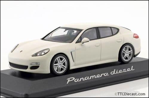 Porsche Dealer WAP0200080C 1:43 Scale Porsche Panamera Diesel 2012 Carrera White, Porsche Dealer