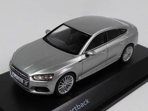 Spark 5011605031 - 1:43 Scale Audi A5 Sportback - Florett Silver - Audi Main Dealer Packaging