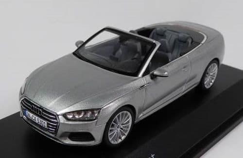 Spark 5011705331 - 1:43 Scale Audi A5 Cabriolet - Florett Silver - Audi Main Dealer Packaging