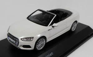 Spark 5011705332 - 1:43 Scale Audi A5 Cabriolet - Glacier White - Audi Main Dealer Packaging