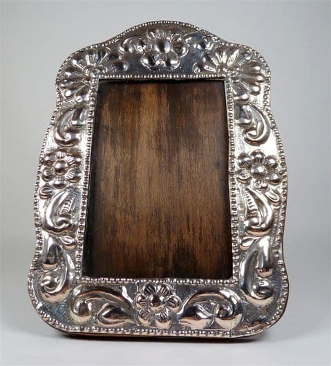Antique Peruvian Silver Pereda Photo Picture Frame Circa 1930s Daisy Floral Easel Back