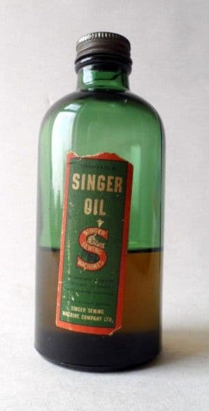 HTF Vintage Singer Sewing Machine Oil 6 Fluid Ounce Green Glass Bottle Circa 1930s