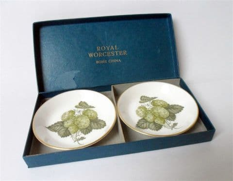 Pair of Boxed Vintage 1965 Royal Worcester Hop Mathon Pattern Fine Bone China Butter Pat Dishes