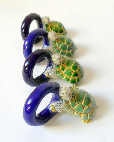 Set of 4 Vintage Peruvian Sea Turtle Turtles Napkin Rings Serviette Cute Tableware Ceramic Pottery