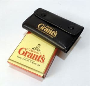 Vintage Advertising Boxed William Grants Scotch Whisky Leather Pocket Key Case Holder Fob Coin Purse