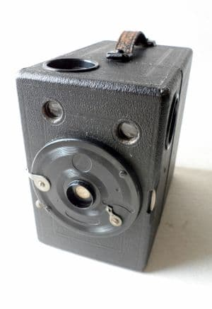 Vintage Box Camera Ernemann Dresden Germany Film K 120 Roll Film Twin Viewfinder Circa 1920s 1930s