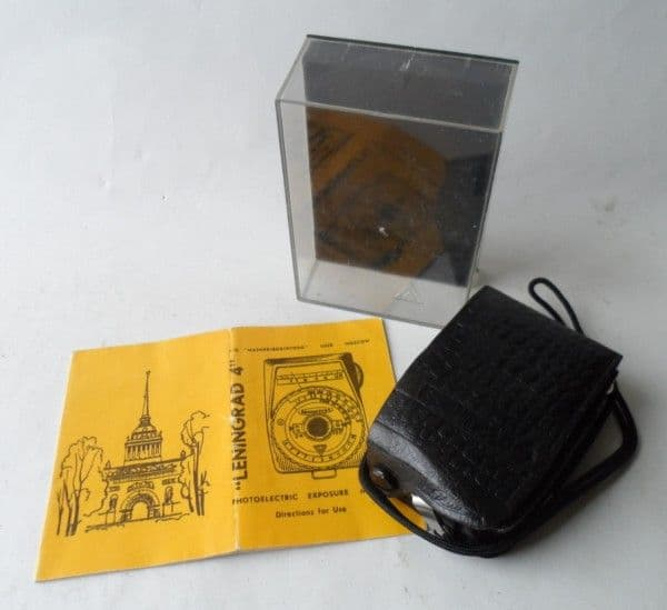 Vintage Camera Equipment Lenigrad 4 Photoelectric Exposure Light Meter Cased Boxed Instructions