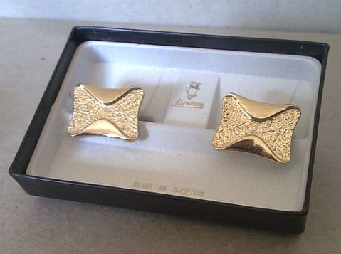 Vintage Cufflinks Cuff Links Stratton Gilt Gold Patent Bow Tie Bowtie in Original Box Circa 1970s