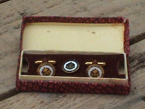Vintage Enamel Front Cufflinks Sheffield and District Licensed Victuallers Association & Tie Pin