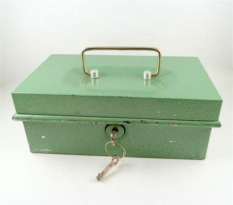 Vintage Metal Green Cash Money Strong Box Working Lock Red Coin Tray & 2 Keys 1970s Safe Storage