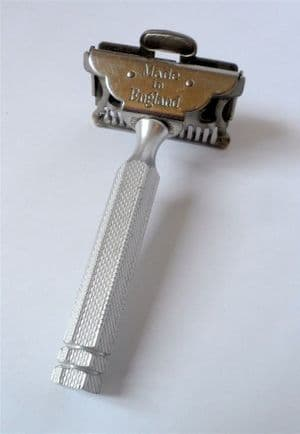 Vintage Shaving Ever Ready 1912 Patent Safety Razor Made in England British Made SE Blade