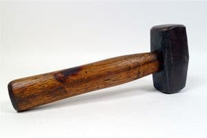 """Vintage Tool 2 1/2 lb Lump Club Hammer 9.5"""" Long Hickory Handle Made in England Unknown Maker"""