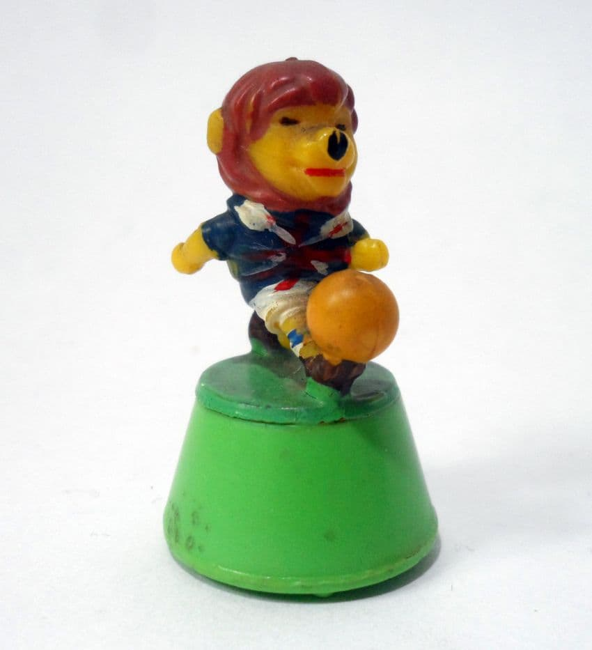 Vintage Toy 1966 World Cup Willie Rolykin Mascot by Louis Marx Toys Dated 1965 England Football Lion