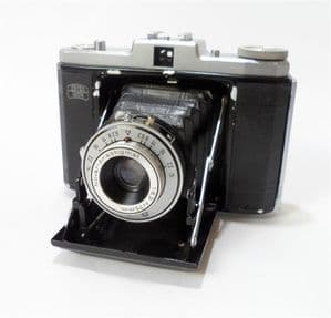 Vintage Zeiss Ikon Nettar 517/16 120 Roll Film Medium Format Folding Camera Case Circa 1950s