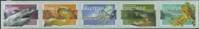 AUS SG2710a Stamp Collecting Month 2006: Dangerous Australians self-adhesive strip of 5 from roll